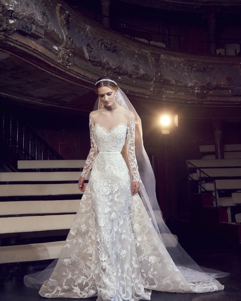 Elie saab bridal fall 2018 theater of light fashion maniac elie saab bridal junglespirit Choice Image