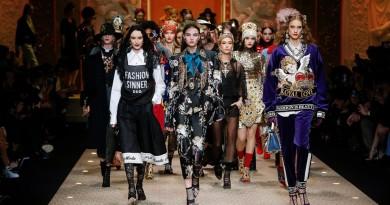 dolce and gabbana fall winter 2018 19 women fashion show runway 111