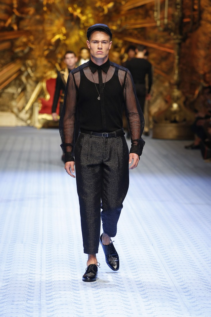 Dolce And Gabbana Summer 2019 Men Fashion Show Runway 05 Fashion