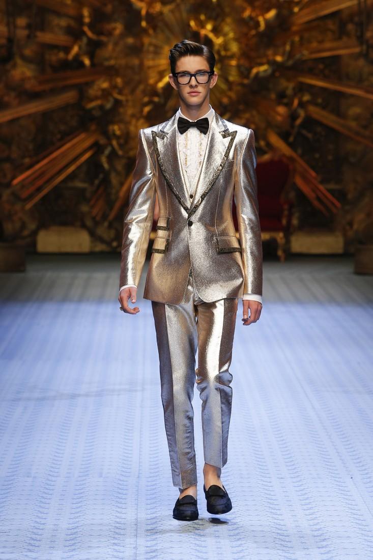 dolce and gabbana summer 2019 men fashion show runway 104