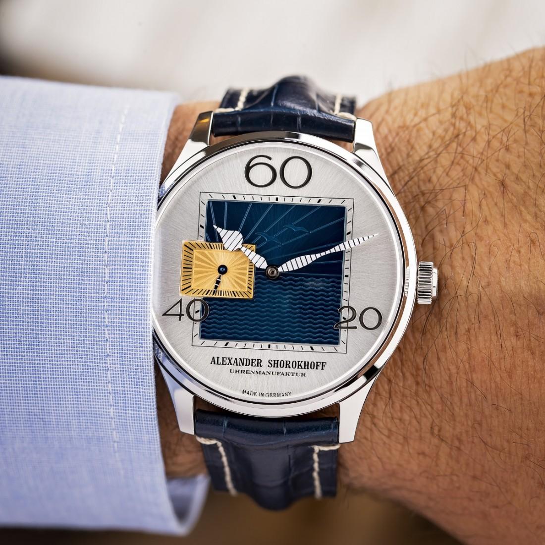 Alexander Shorokhoff Newport Watch 9AS Image copyright Ty Maciejewski