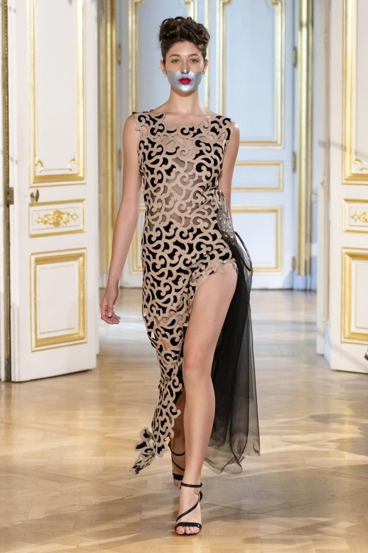 Photos défilé fashion show Patuna Couture Carré dAs Collection automne hiver fall winter 2018 2019 PFW © Imaxtree 1
