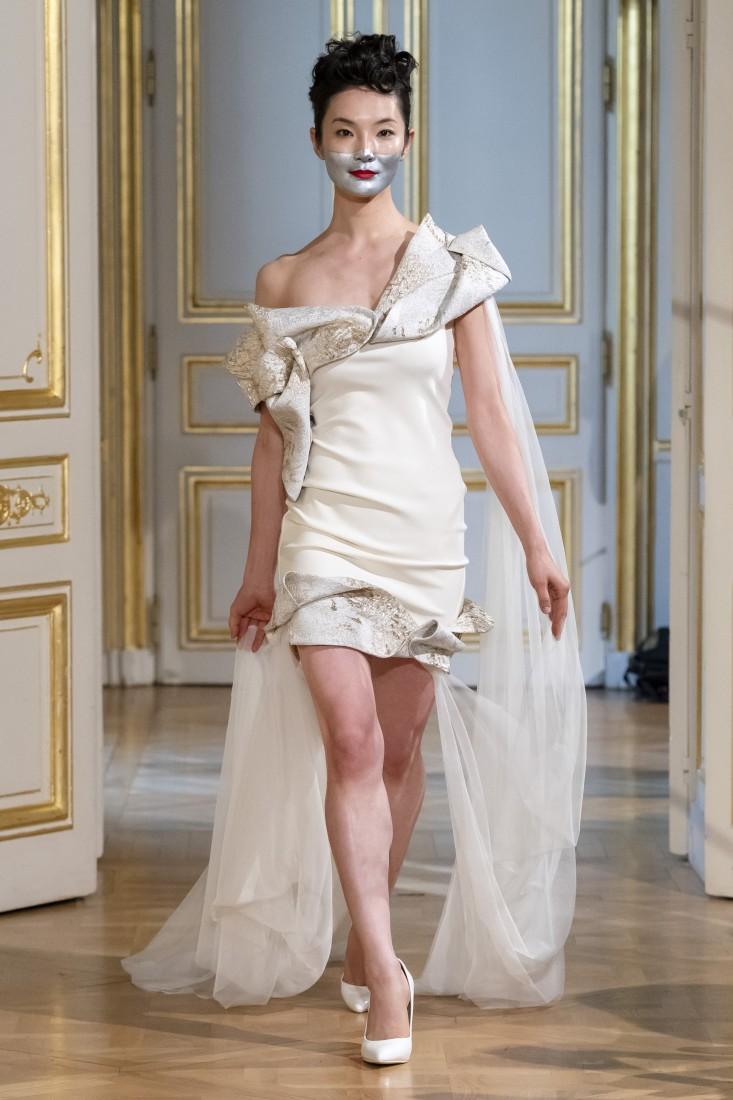 Photos défilé fashion show Patuna Couture Carré dAs Collection automne hiver fall winter 2018 2019 PFW © Imaxtree 13