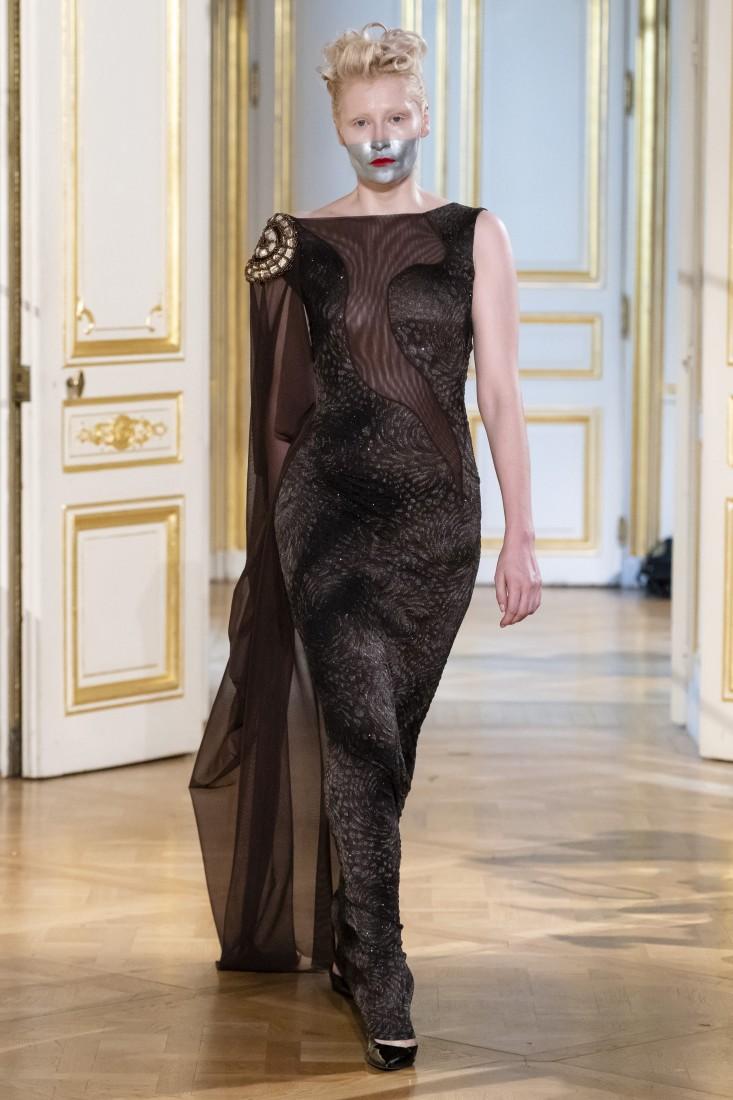 Photos défilé fashion show Patuna Couture Carré dAs Collection automne hiver fall winter 2018 2019 PFW © Imaxtree 18