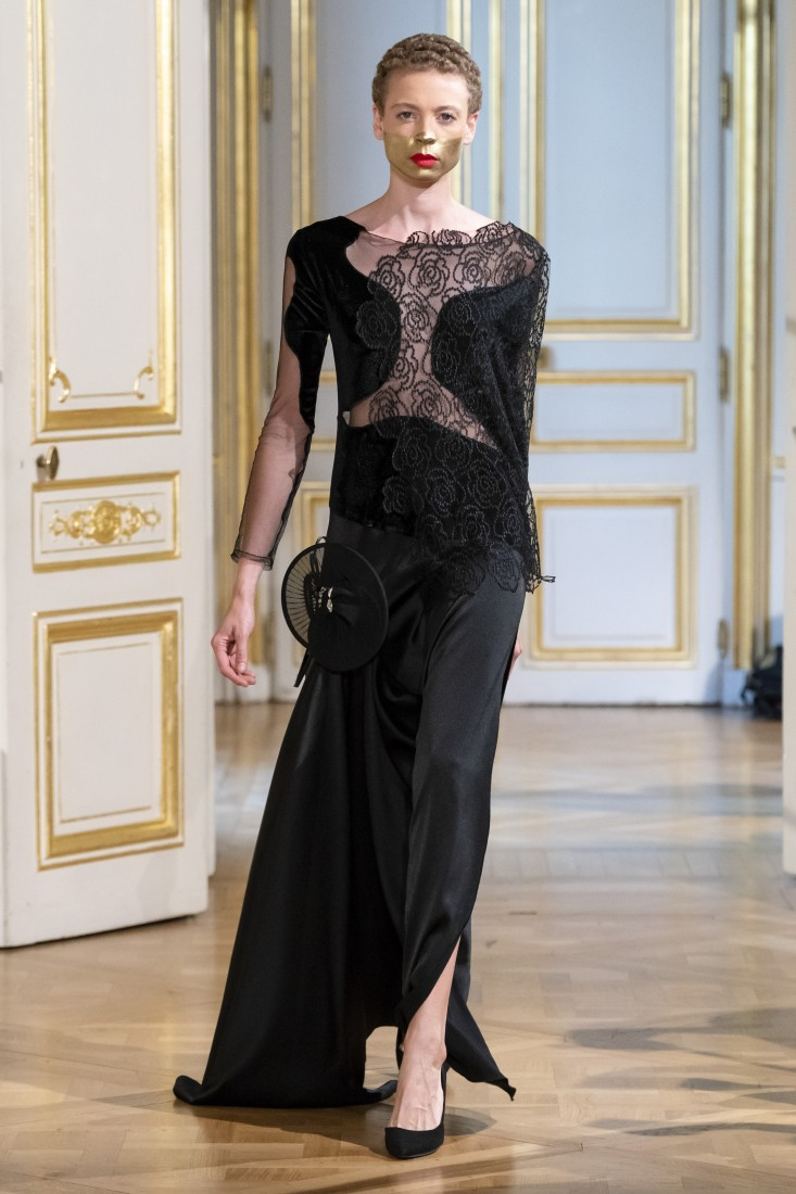 Photos défilé fashion show Patuna Couture Carré dAs Collection automne hiver fall winter 2018 2019 PFW © Imaxtree 19