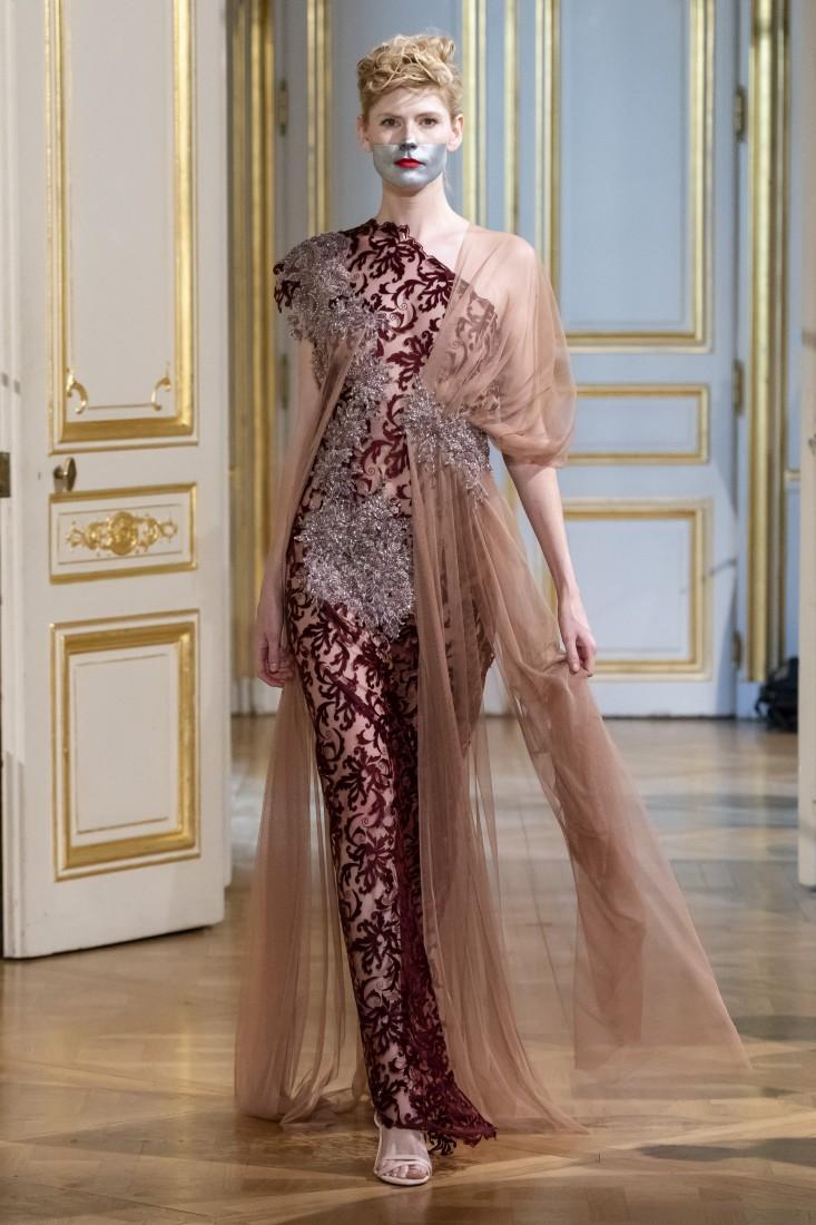 Photos défilé fashion show Patuna Couture Carré dAs Collection automne hiver fall winter 2018 2019 PFW © Imaxtree 4