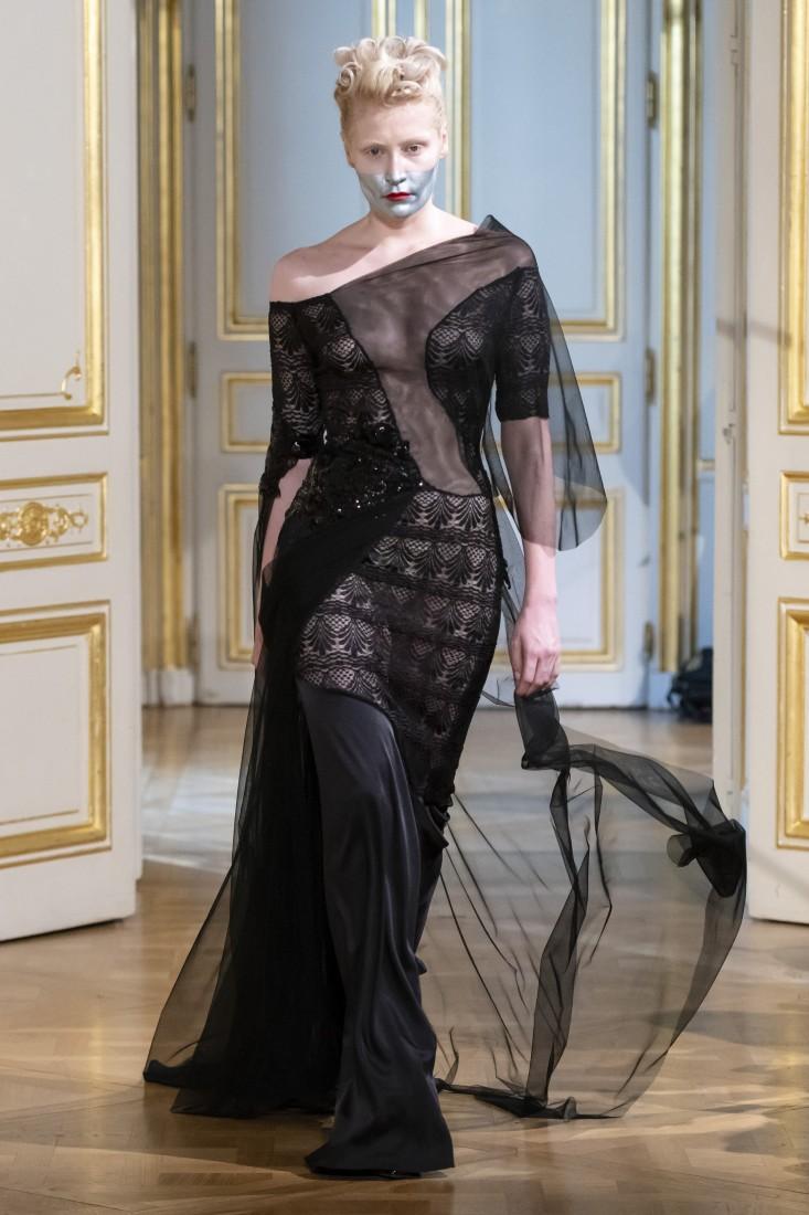 Photos défilé fashion show Patuna Couture Carré dAs Collection automne hiver fall winter 2018 2019 PFW © Imaxtree 8
