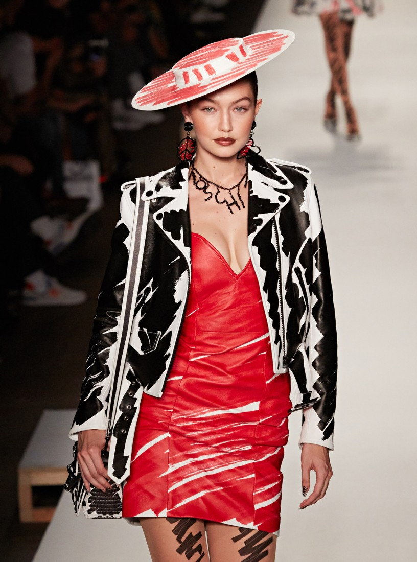 Moschino Milan SS2019 photo by Michael D. Subrizi 16