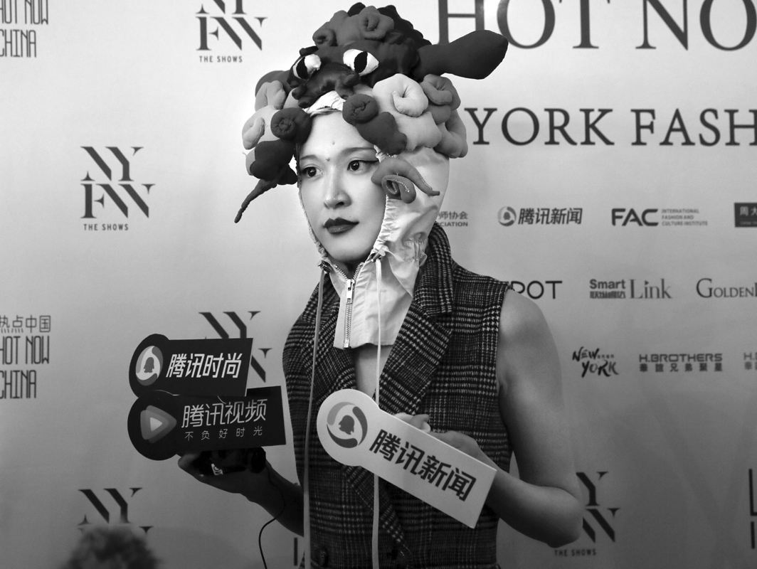 Backstage@Hot Now China NYFW SS2019 photo by Cheryl Gorski 35