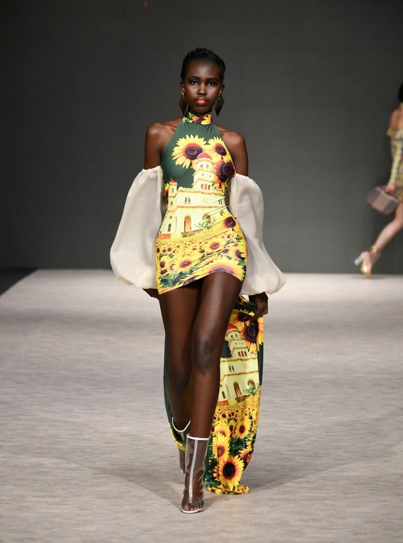 Yas Gonzalez Vancouver Fashion Week SS2019 9