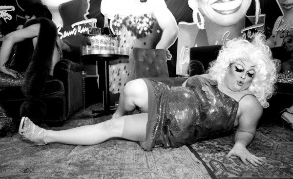 Queen Robert as Divine @ RICHARD BERNSTEIN STARMAKER ANDY WARHOLS COVER ARTIST BOOK LAUNCH photo by Cheryl Gorski 65