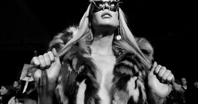 Carmen Carrera@Alessandro Trincone Mens NYFW FW2019 photo by Cheryl Gorski 32