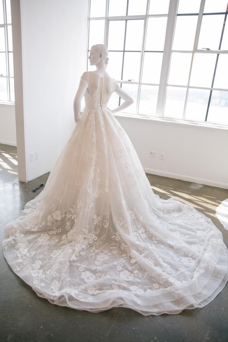 Nicole NYFW 2019 Bridal photo by Marisa Pena 11