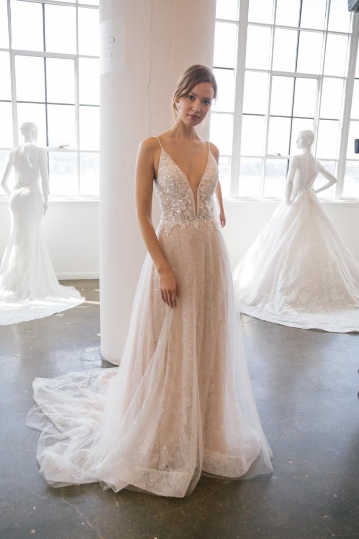 Nicole NYFW 2019 Bridal photo by Marisa Pena 20
