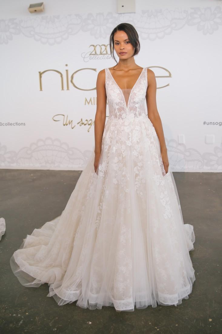 Nicole NYFW 2019 Bridal photo by Marisa Pena 32