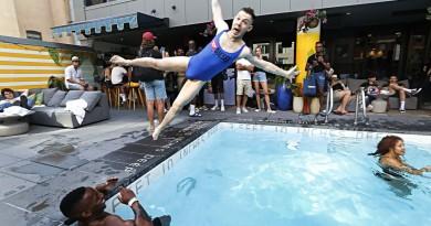 DIESEL FSL Pool Party SS2020 photo by Cheryl Gorski 135