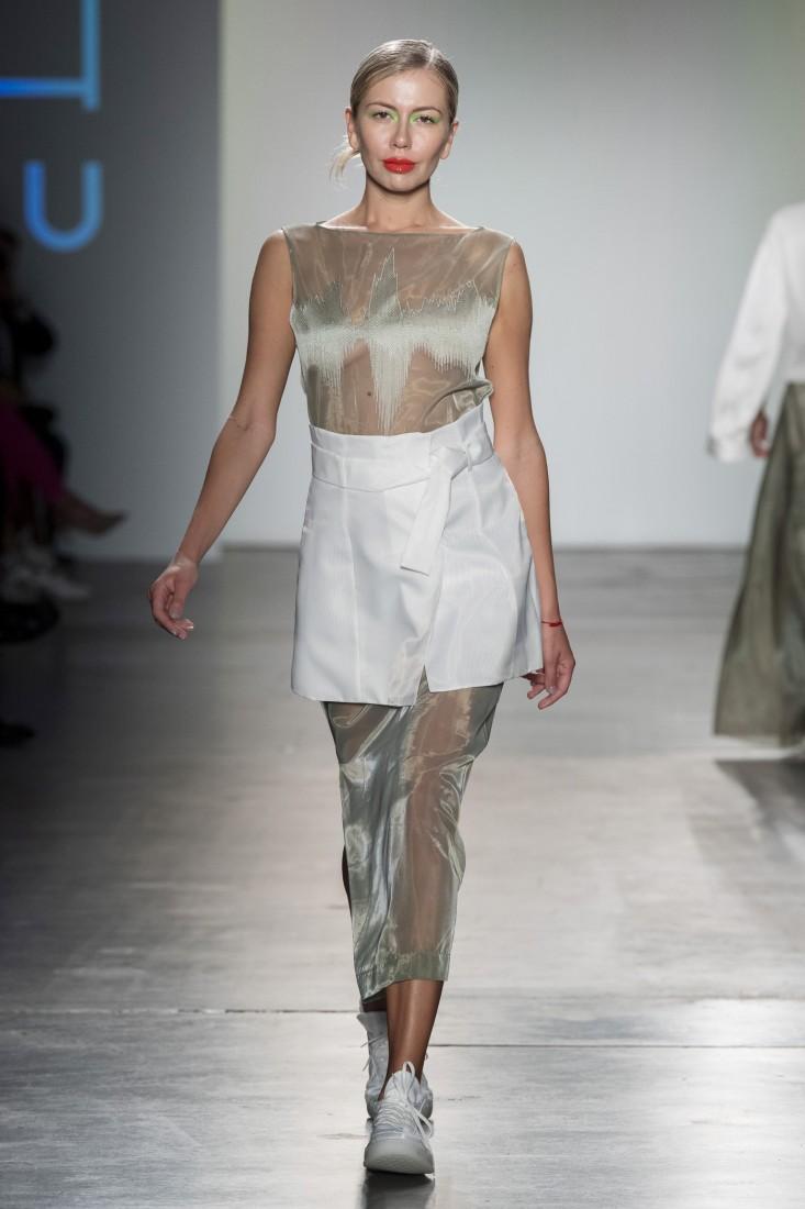 Bailuyu by Fu Wenjie Global Fashion Collective NYFW SS2020 photos by IMAXTree 16