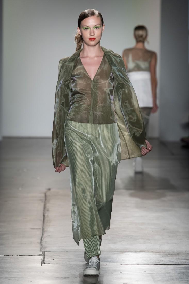 Bailuyu by Fu Wenjie Global Fashion Collective NYFW SS2020 photos by IMAXTree 17