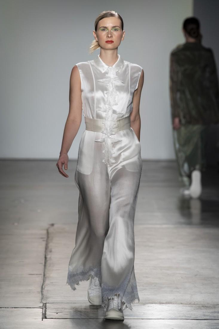 Bailuyu by Fu Wenjie Global Fashion Collective NYFW SS2020 photos by IMAXTree 18