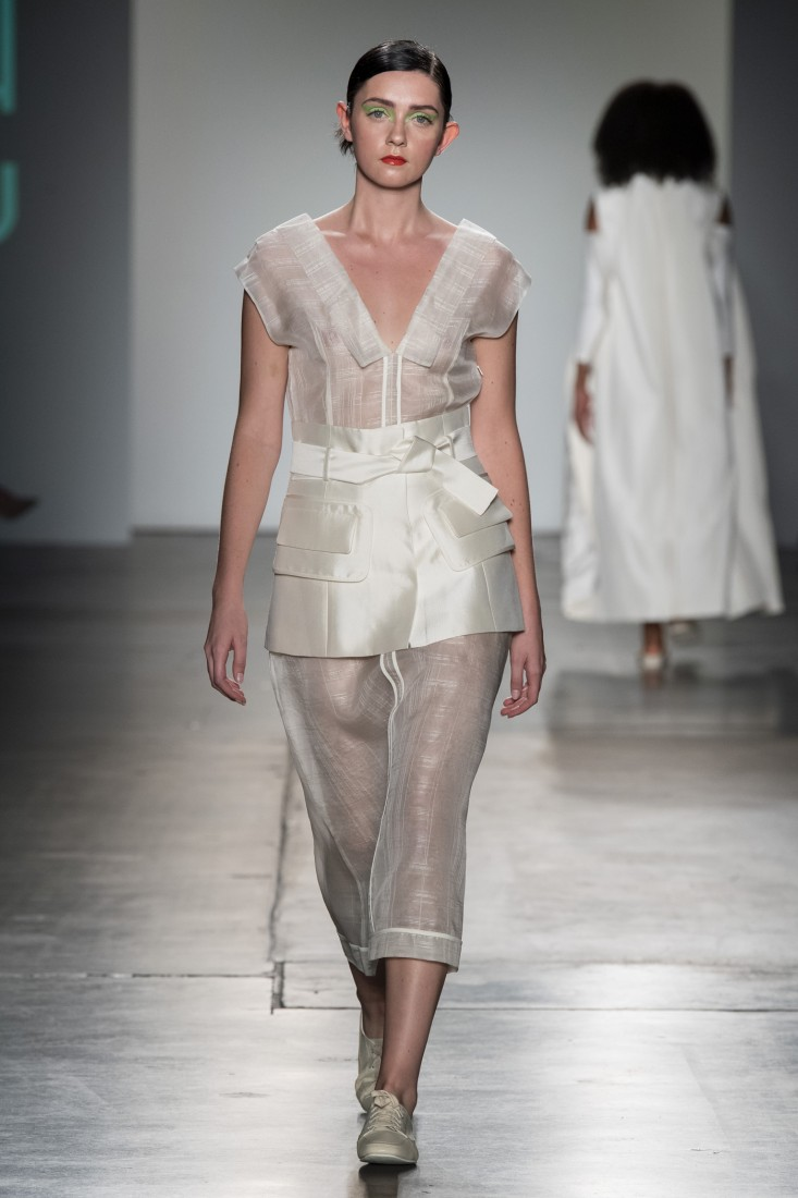 Bailuyu by Fu Wenjie Global Fashion Collective NYFW SS2020 photos by IMAXTree 20