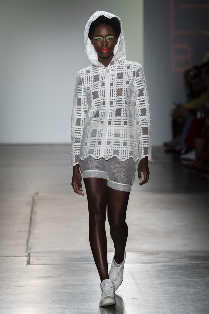 Bailuyu by Fu Wenjie Global Fashion Collective NYFW SS2020 photos by IMAXTree 22