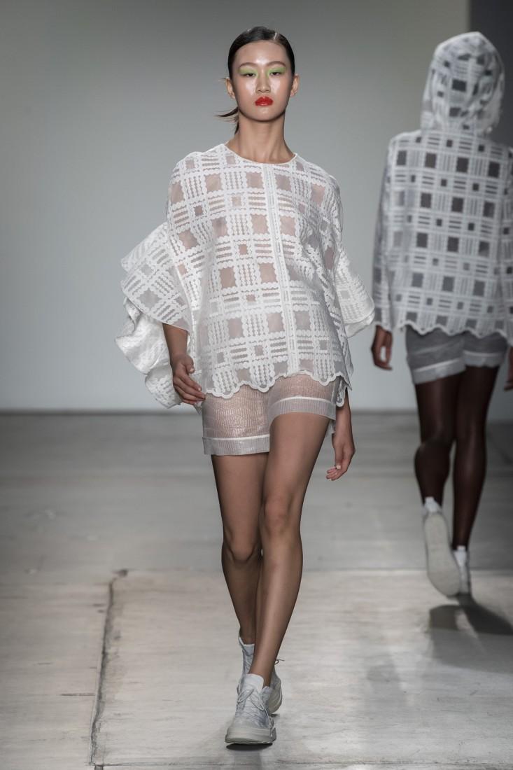 Bailuyu by Fu Wenjie Global Fashion Collective NYFW SS2020 photos by IMAXTree 23