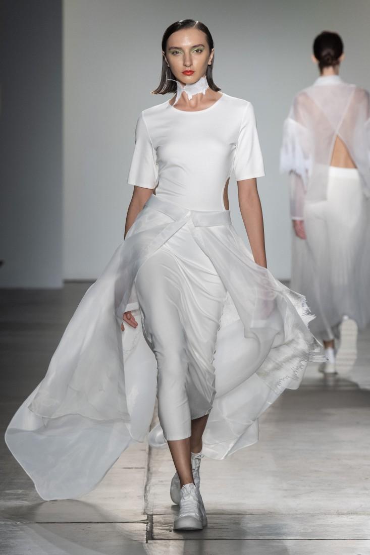 Bailuyu by Fu Wenjie Global Fashion Collective NYFW SS2020 photos by IMAXTree 33