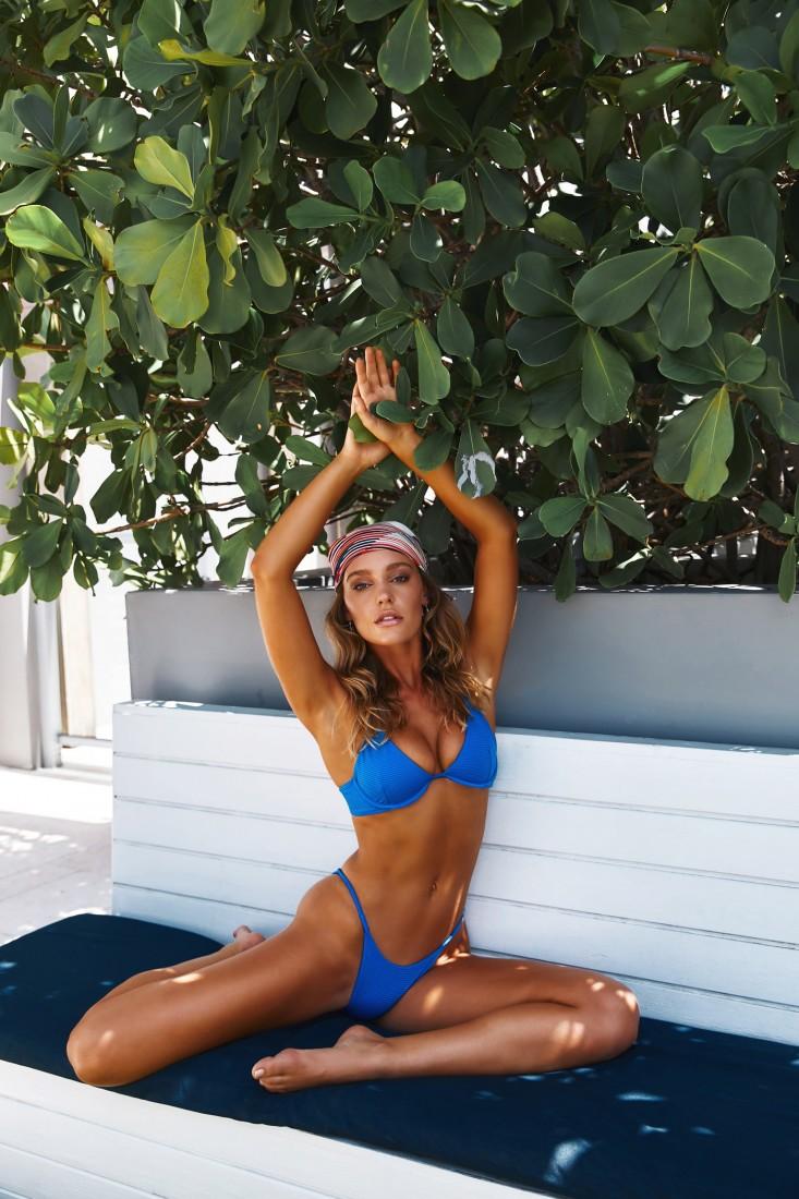 Femme Fatale TJ Swim SS2020 16
