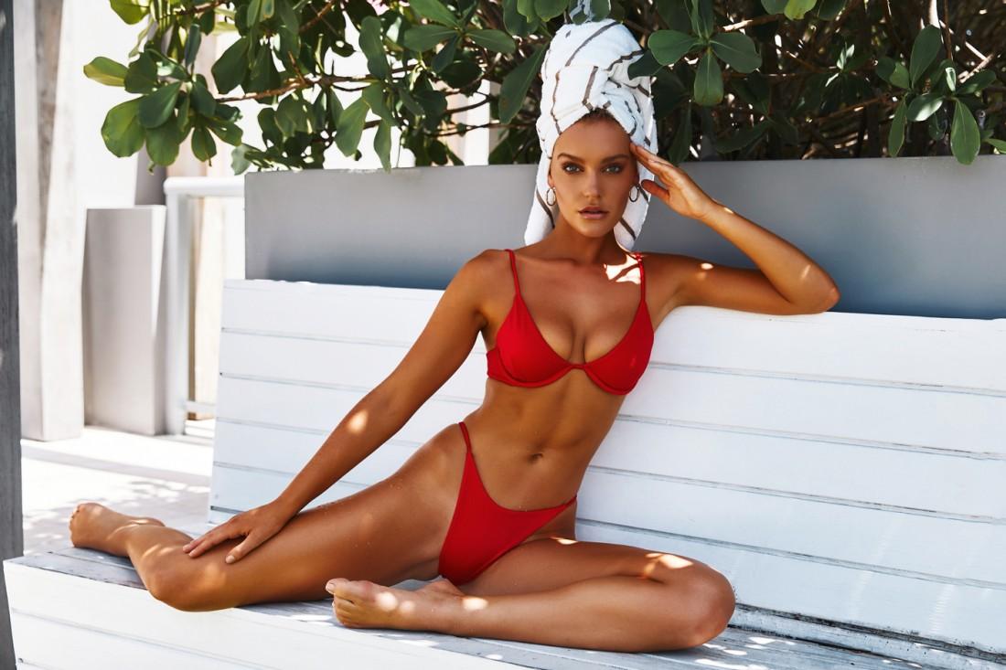 Femme Fatale TJ Swim SS2020 18