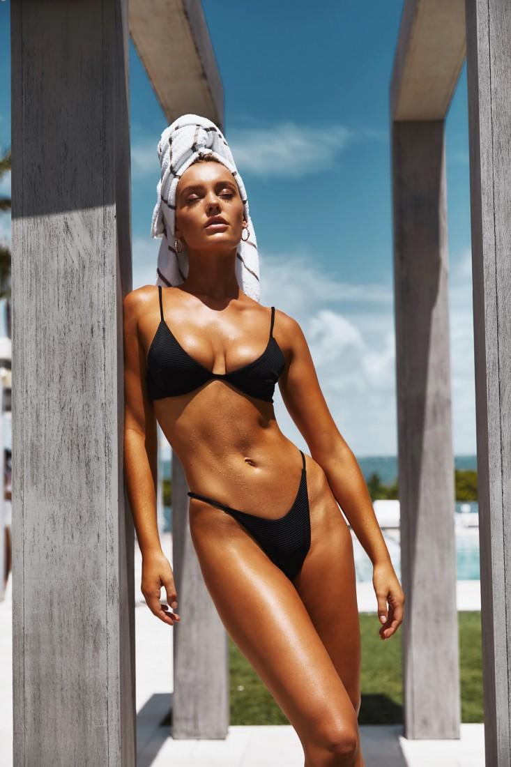 Femme Fatale TJ Swim SS2020 19