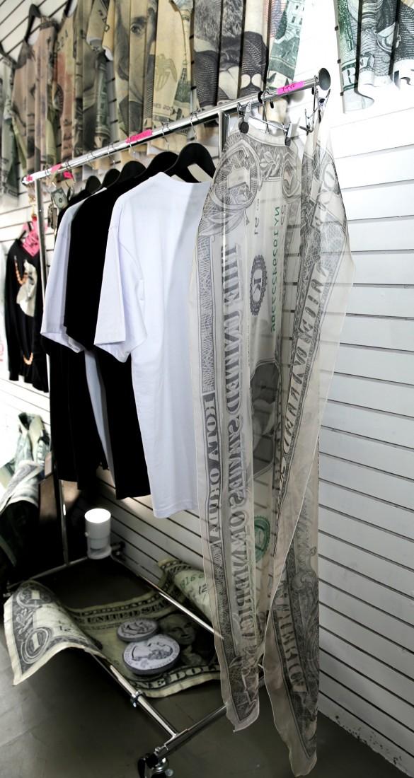 Kota Okunda Cash Designer NYC Canal St Underground photo by Cheryl Gorski 10