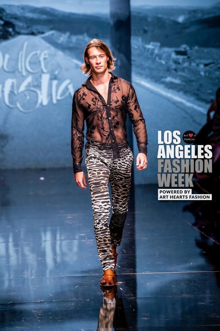 DULCE BESTIA LA FW Art Hearts Fashion SS2020 photos by Johnathan Sutton 12