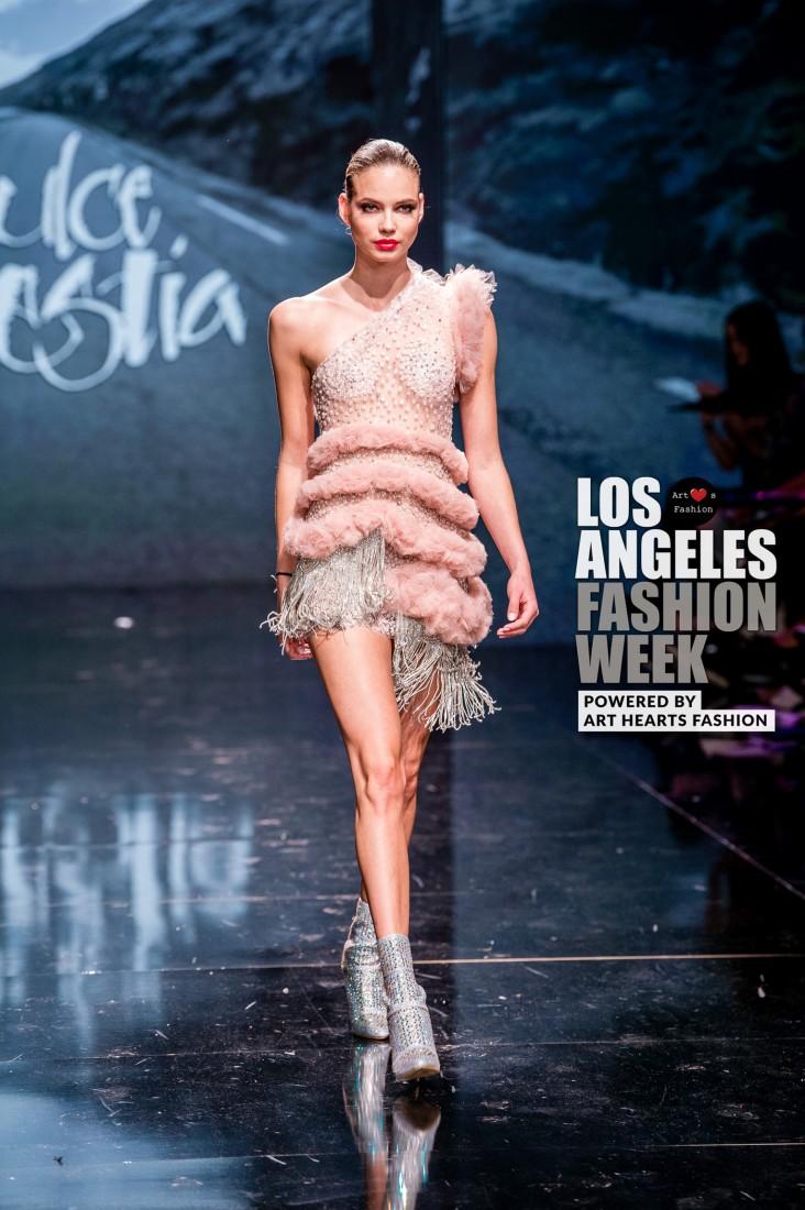 DULCE BESTIA LA FW Art Hearts Fashion SS2020 photos by Johnathan Sutton 16