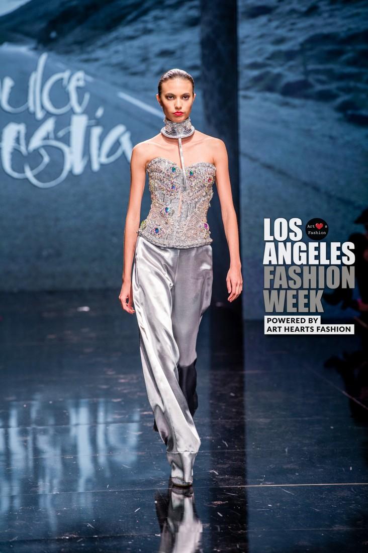 DULCE BESTIA LA FW Art Hearts Fashion SS2020 photos by Johnathan Sutton 18