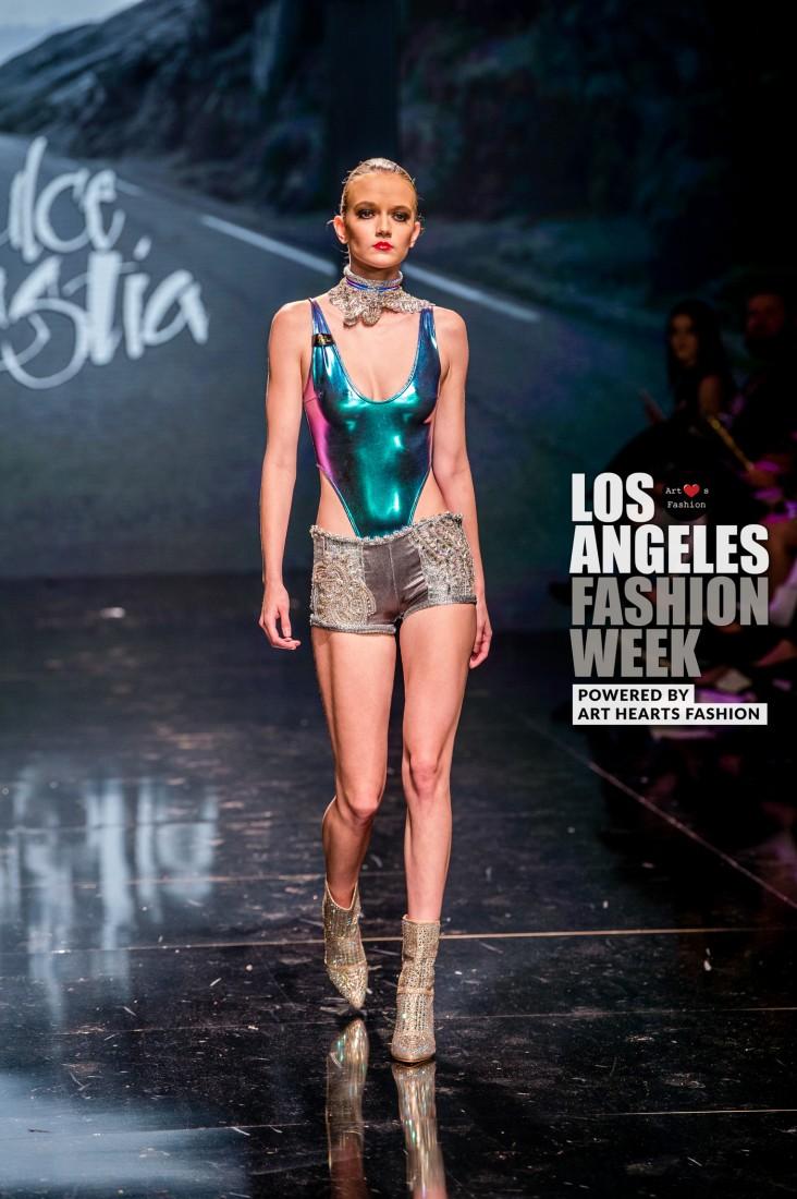 DULCE BESTIA LA FW Art Hearts Fashion SS2020 photos by Johnathan Sutton 19