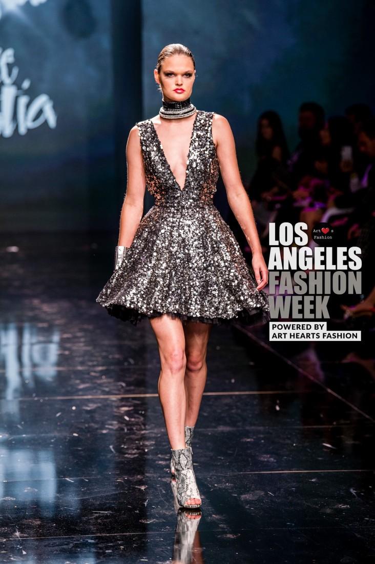 DULCE BESTIA LA FW Art Hearts Fashion SS2020 photos by Johnathan Sutton 23