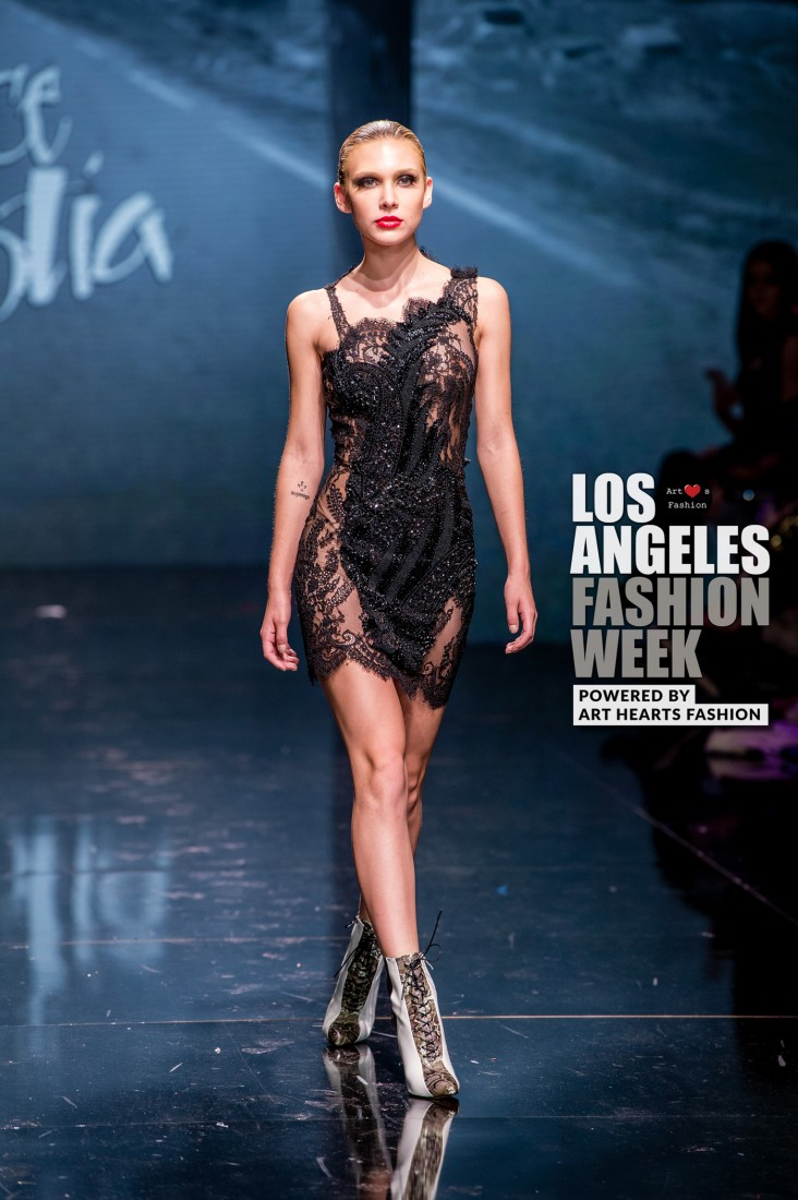DULCE BESTIA LA FW Art Hearts Fashion SS2020 photos by Johnathan Sutton 24