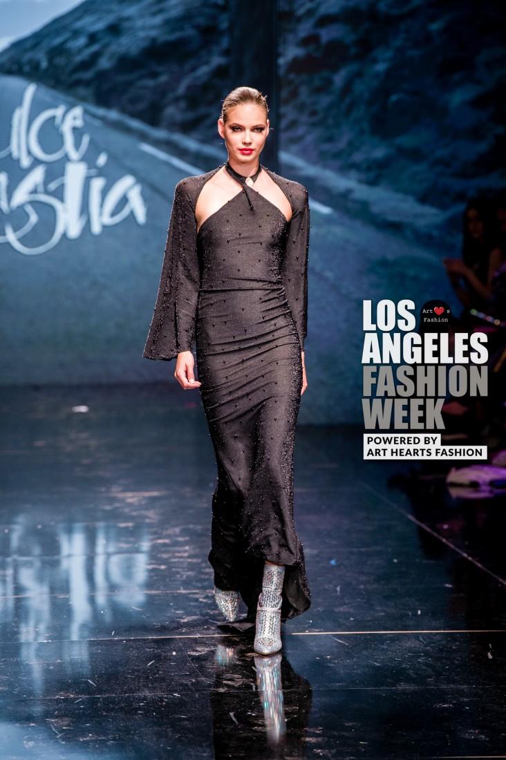 DULCE BESTIA LA FW Art Hearts Fashion SS2020 photos by Johnathan Sutton 25