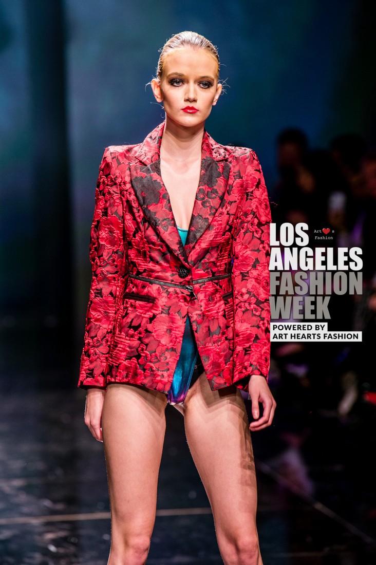 DULCE BESTIA LA FW Art Hearts Fashion SS2020 photos by Johnathan Sutton 27
