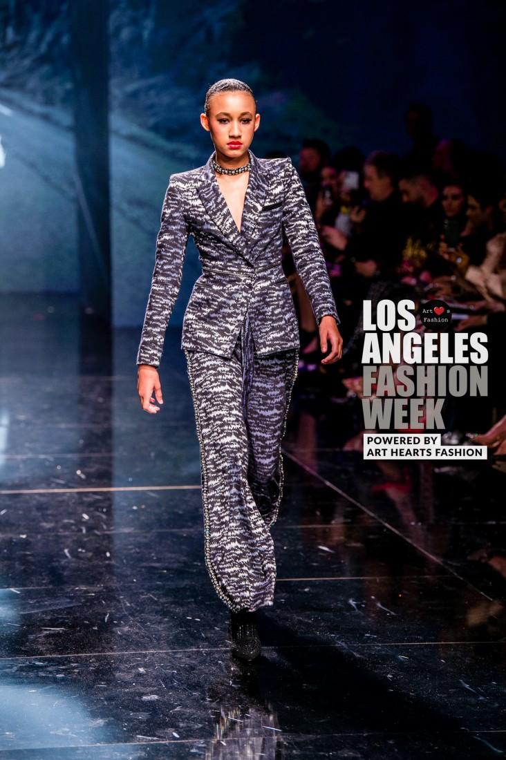 DULCE BESTIA LA FW Art Hearts Fashion SS2020 photos by Johnathan Sutton 3