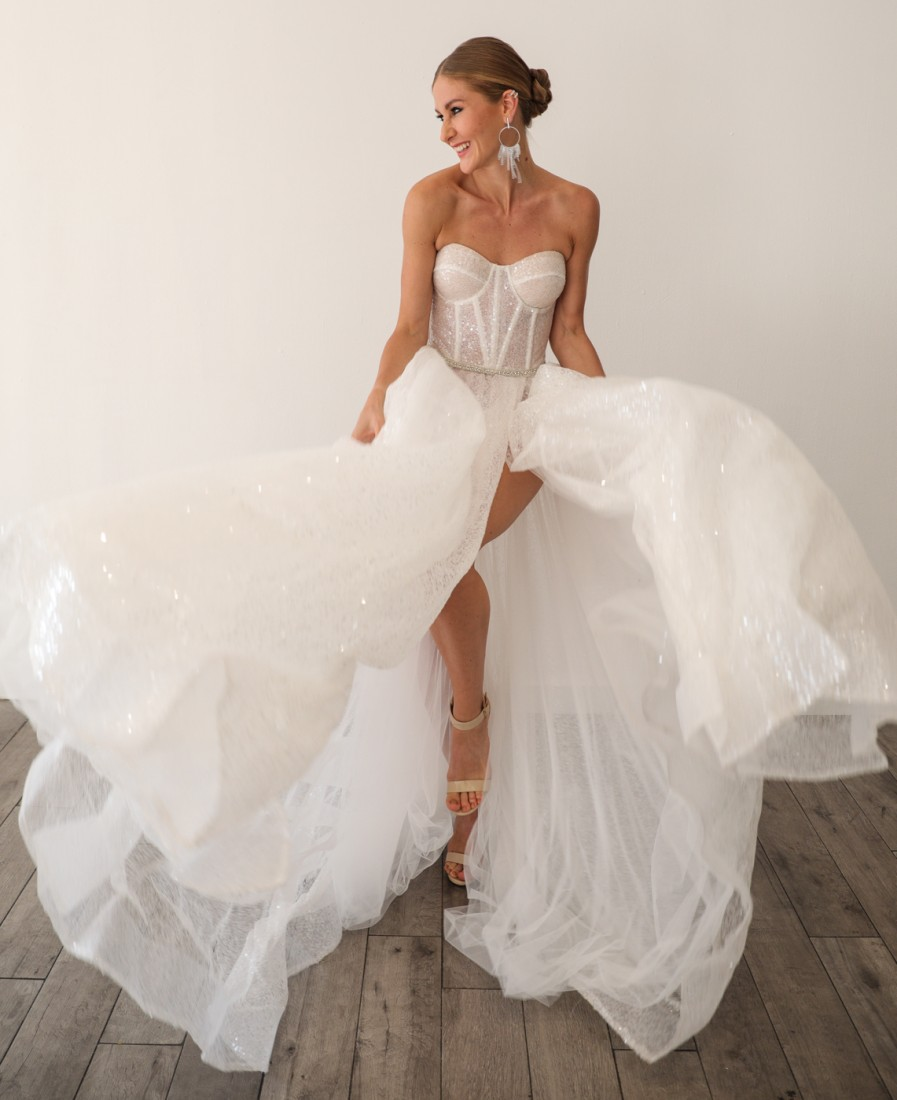 First Looks@ Julie Vino Group NYFW Bridal SS2020 photo by CJ Rivera 10