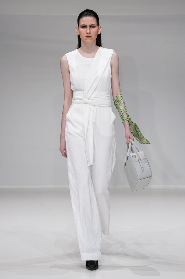 Leonie Mergen@Oxford Fashion Studio London SS2020 photo by IMAXTREE 13