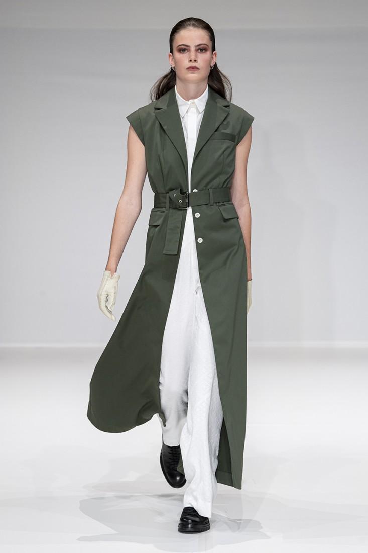 Leonie Mergen@Oxford Fashion Studio London SS2020 photo by IMAXTREE 3