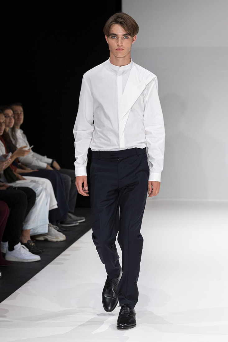 Leonie Mergen@Oxford Fashion Studio London SS2020 photo by IMAXTREE 4