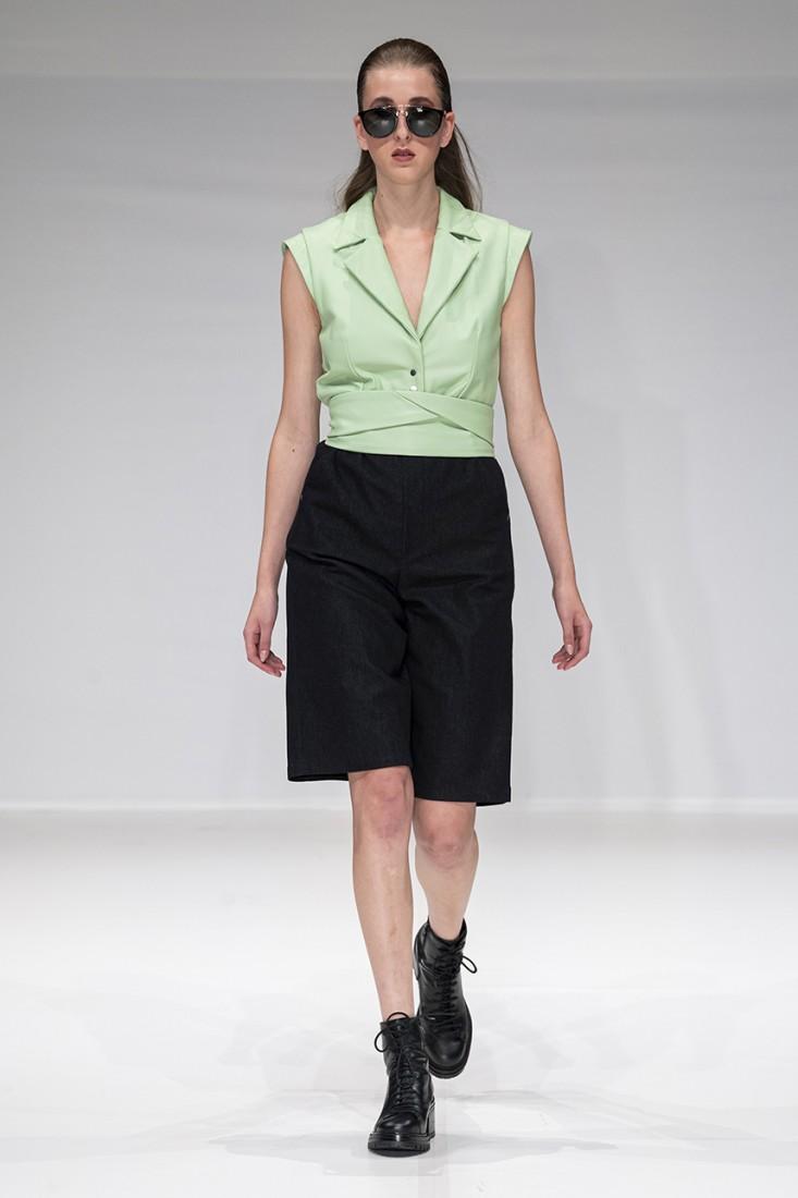 Leonie Mergen@Oxford Fashion Studio London SS2020 photo by IMAXTREE 5