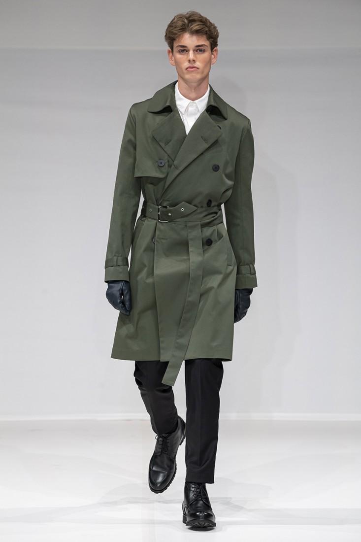Leonie Mergen@Oxford Fashion Studio London SS2020 photo by IMAXTREE 6