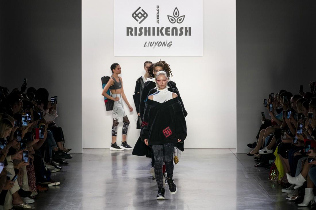Liu Yong X Rishikensh NYFW SS2020 photos by IMAXTree 59