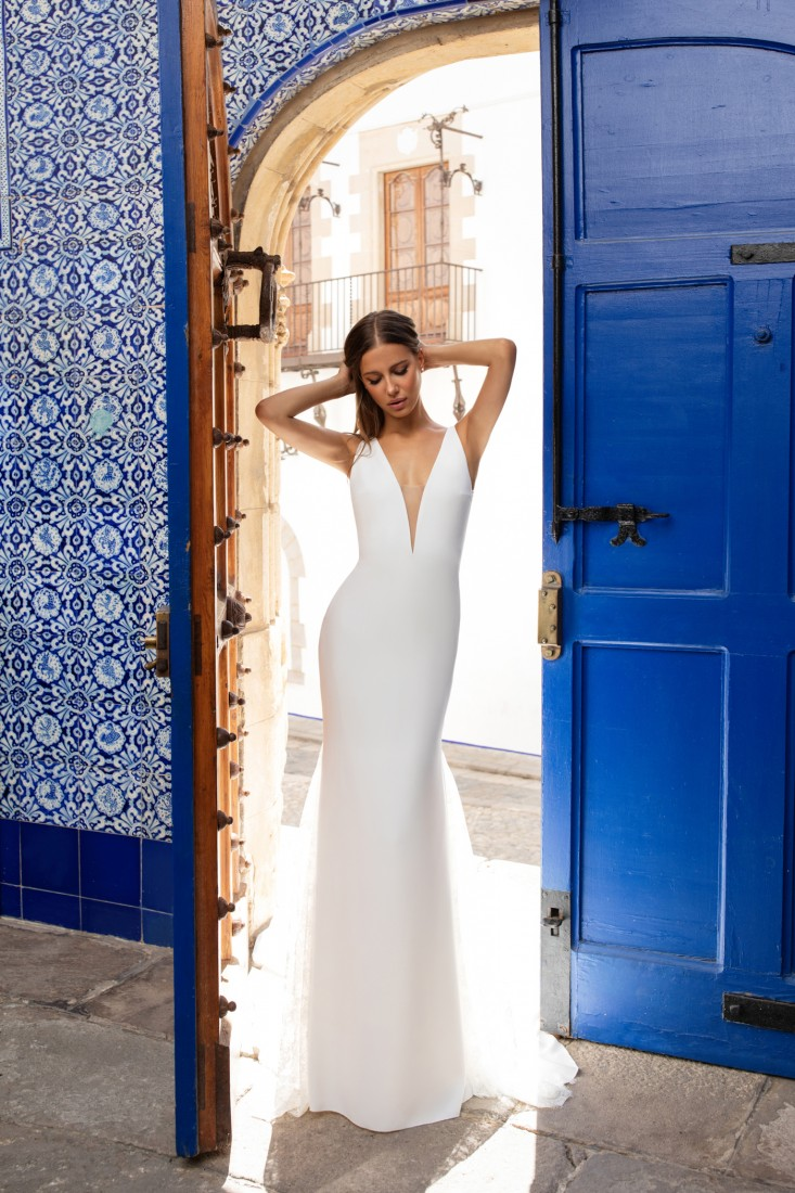 Pronovias and Kleinfeld Reveal 2020 Capsule Collection 1