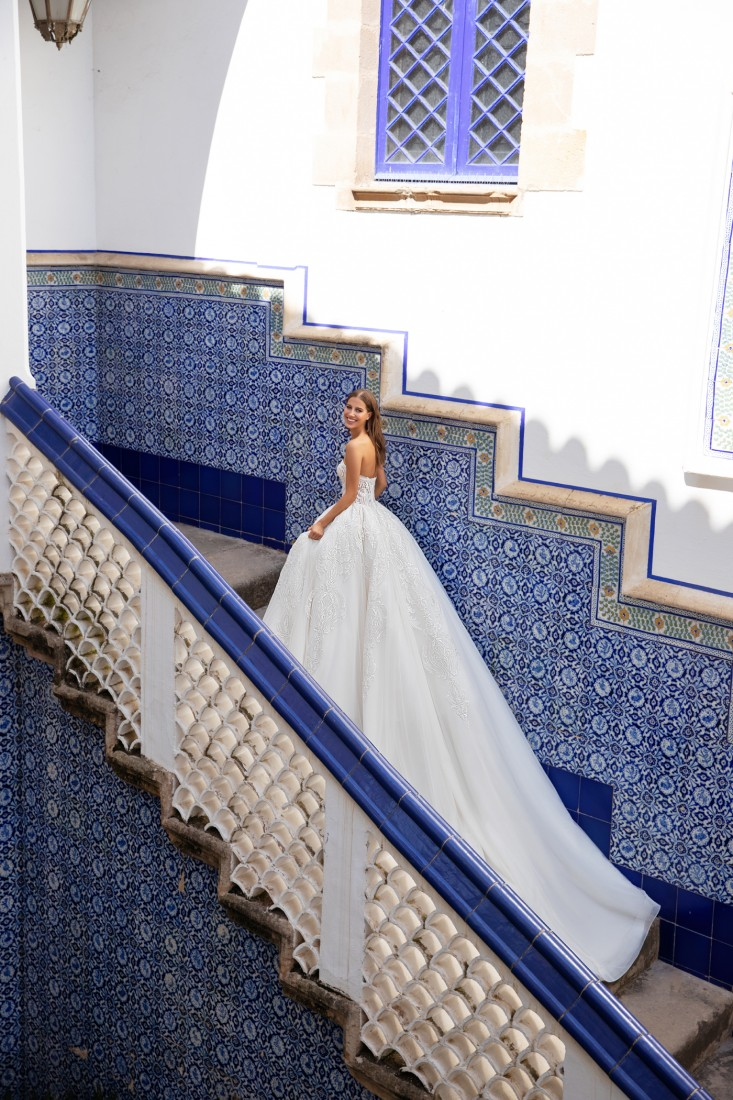 Pronovias and Kleinfeld Reveal 2020 Capsule Collection 14