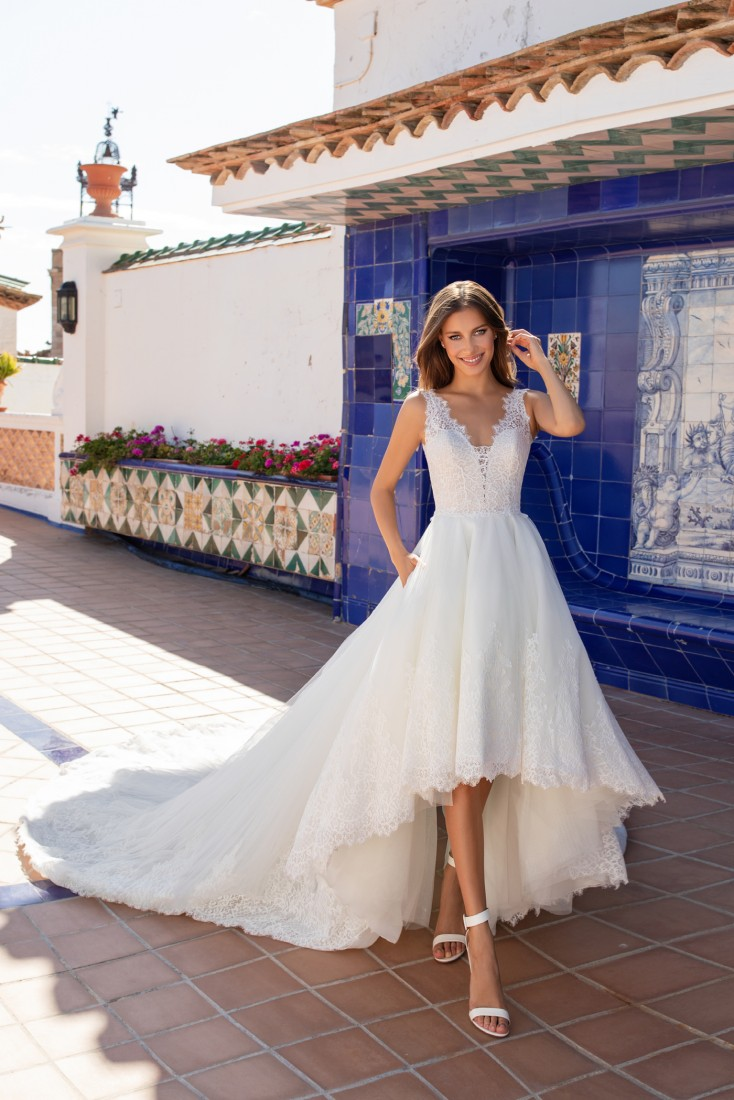 Pronovias and Kleinfeld Reveal 2020 Capsule Collection 28